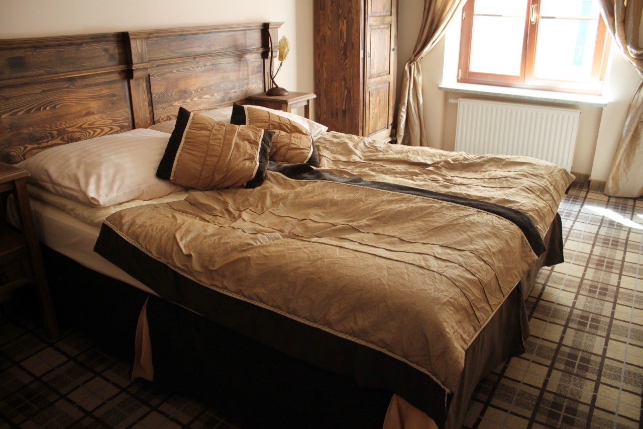 five_stars_luxury_hostel
