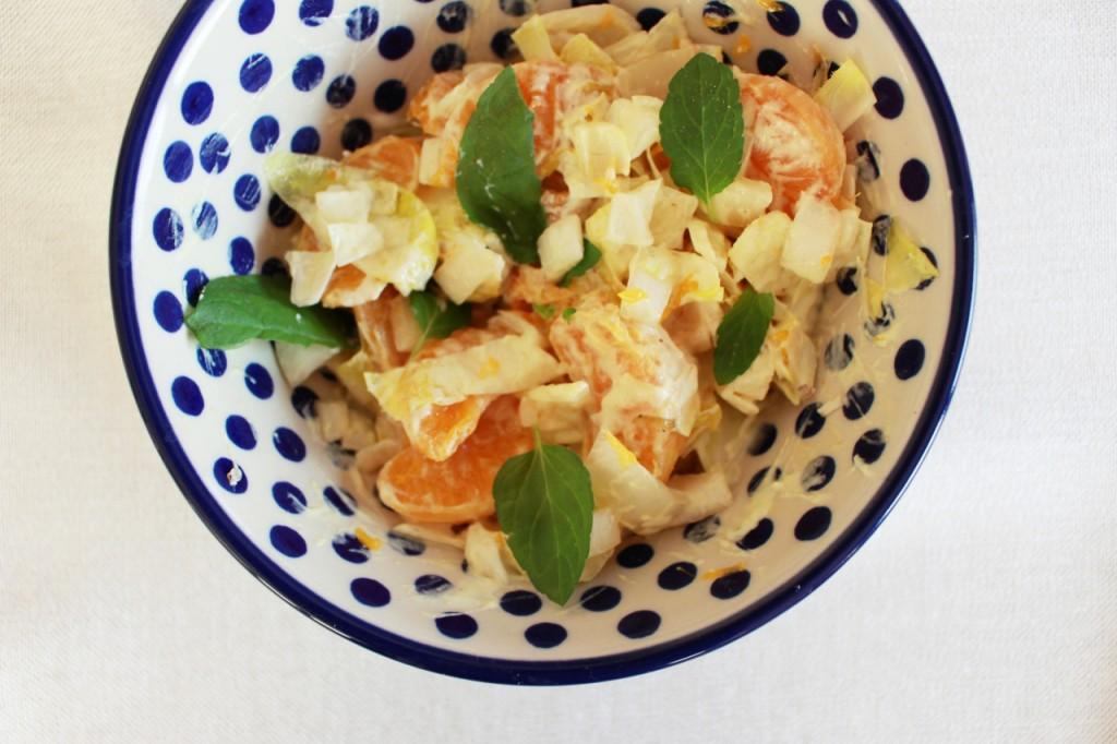 Sałatka z cykorii i mandarynek