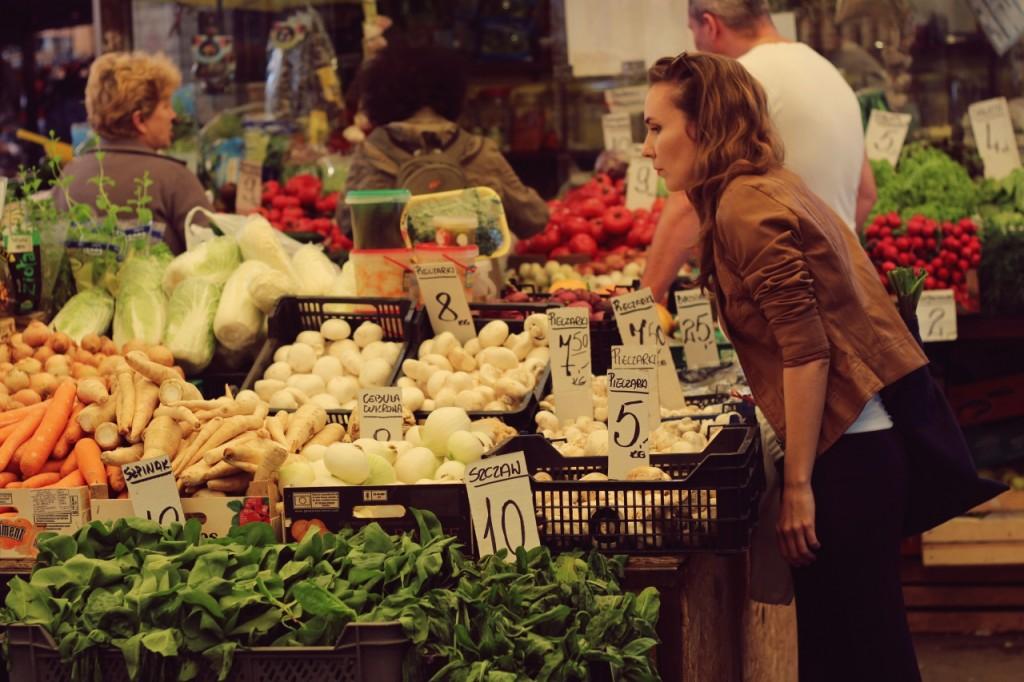 Czy warto robić zakupy na bazarku?