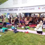 Wakacyjna joga – darmowe zajęcia jogi w Polsce
