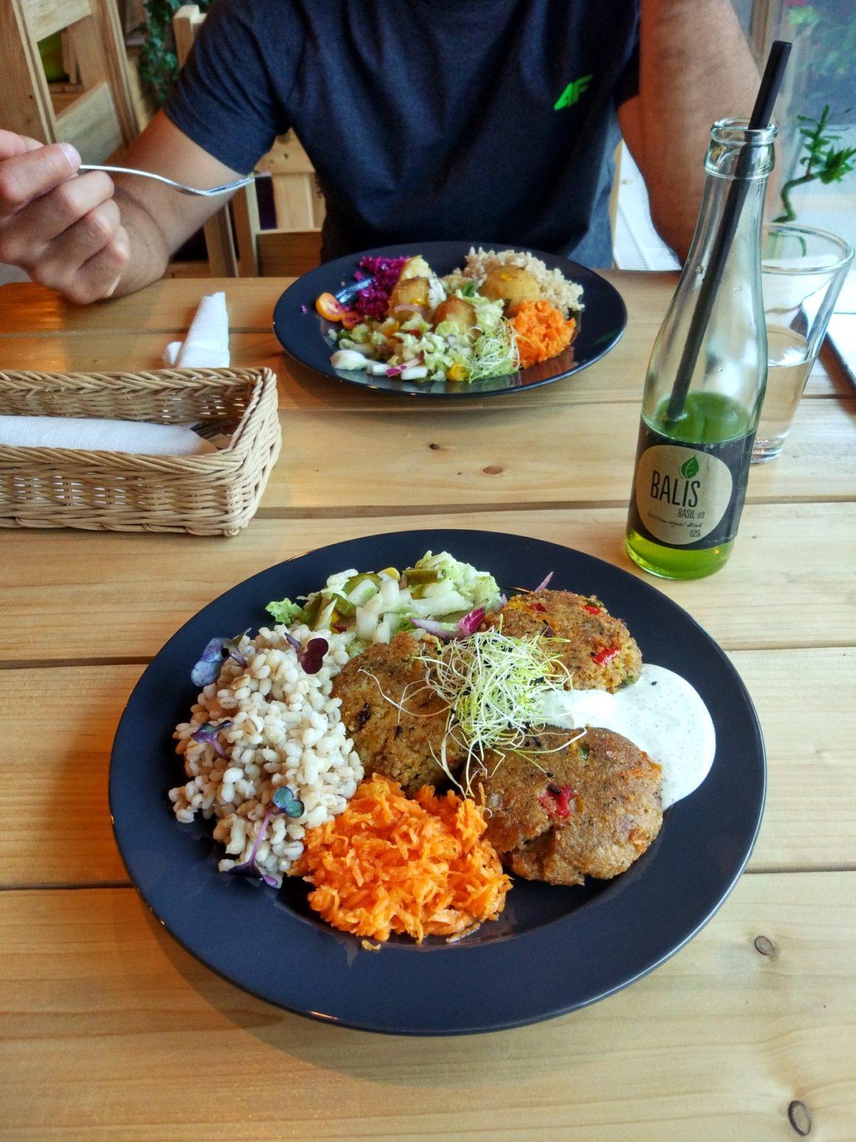 wegetarianskie restauracje w Warszawie - Dżungla