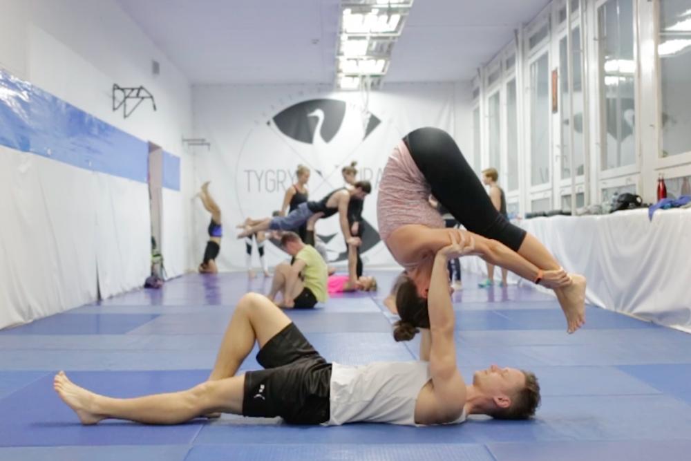 acro yoga warszawa