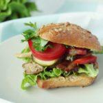 Wegetariański grill – wegańskie burgery z boczniakiem