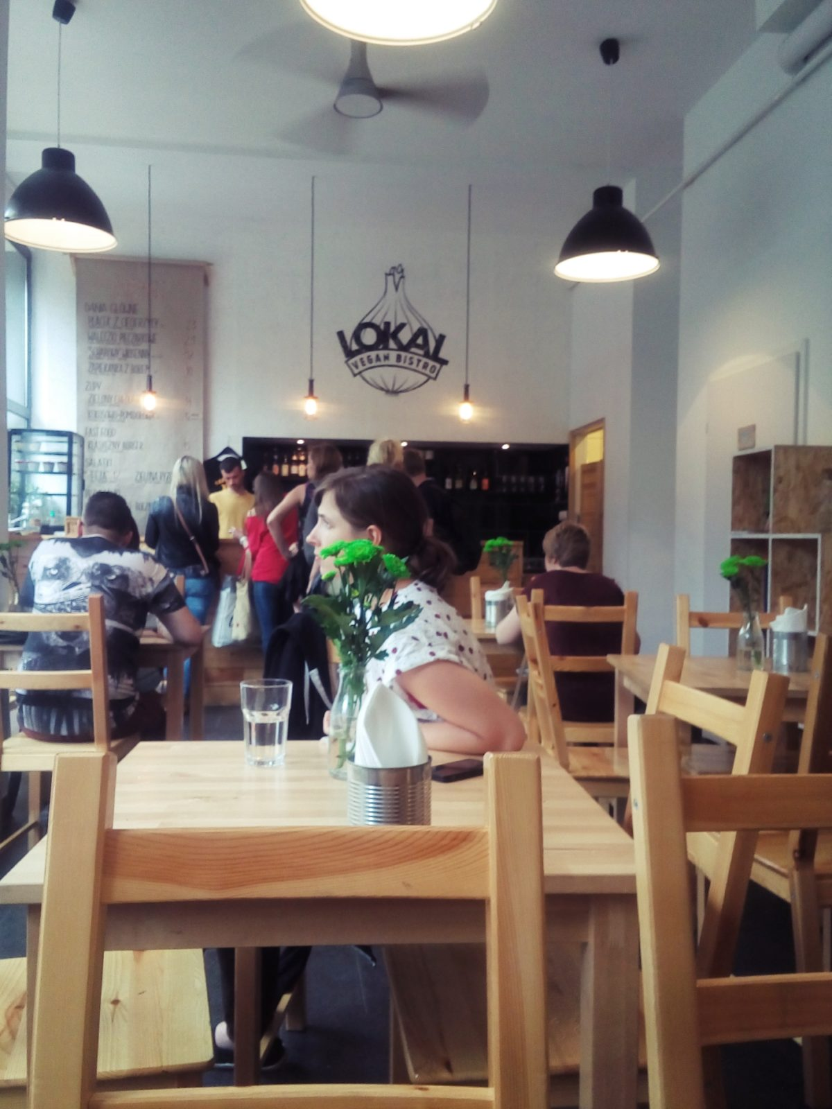 Wege Warszawa - Lokal Vegan Bistro