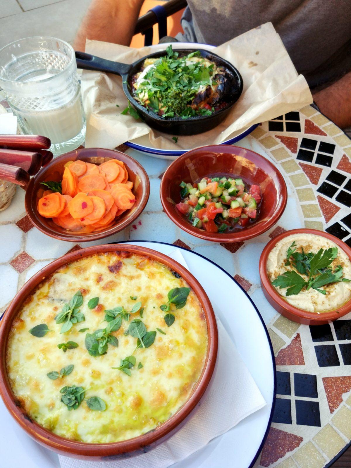 wegetarianskie restauracje w Warszawie - Shuk