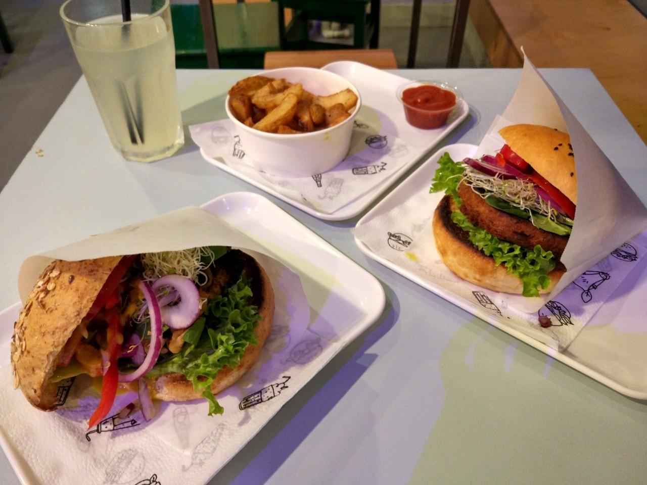 wegetarianskie restauracje w Warszawie - Krowarzywa
