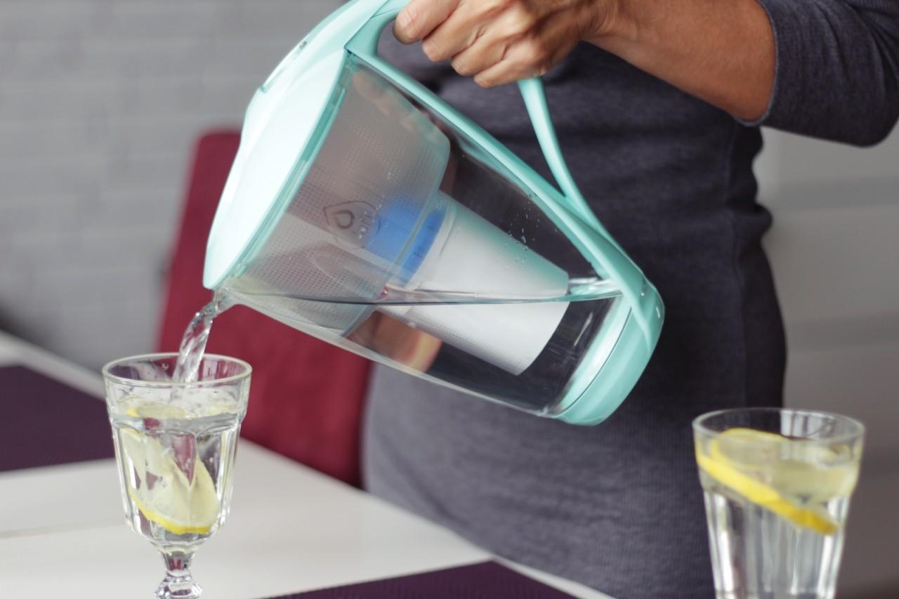 filtrowanie wody - dzbanek filtrujacy